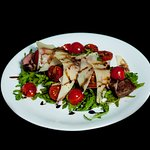 Sirloin Steak with Rucola and Parmesan Scali