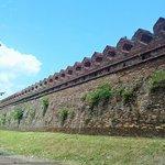 ภาพถ่ายของ กำแพงเมือง
