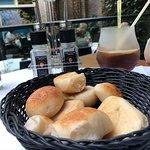 Broodjes vooraf, heerlijk warm.