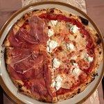 Celli's italian pizza restaurantの写真
