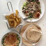 Photo de Edo's Hummus Küche