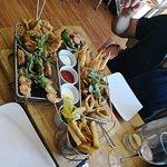 Фотография Taylor's Seafood and Burger Restaurant