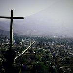 Cerro del Cruz in Antigua. A fantastic view.