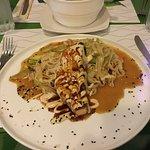 Foto de Banzai Sushi Asian Cuisine
