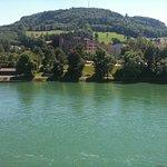 Rheinufer gegenüber