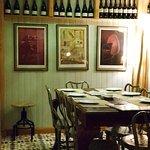 El Almacen, Vinos y Tapas Foto