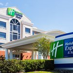 Holiday Inn Express Tampa Fairgrounds