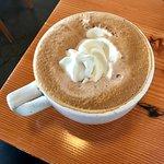 Foto van Middle Way Cafe