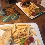 Terrific fish & chips and burger and the best hospitality from Seán, Bridie & Jack -stayed a com