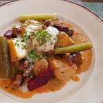 """""""Spydäri"""" Potato, sausage and egg with beetroot and dill."""