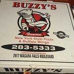 Photo de Buzzy's New York Style Pizza