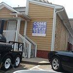 Foto de Come-N-Get It Family Restaurant