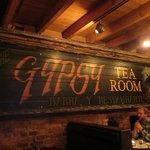 The Gypsy Tea Room resmi