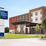 Holiday Inn Express & Suites - Grand Rapids