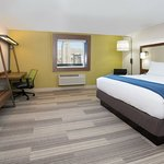 Holiday Inn Express & Suites - Moncton