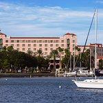 The Vinoy Renaissance St. Petersburg Resort & Golf Club