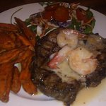lite prime rib steak with garlic prawns