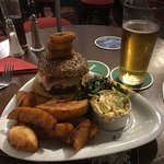 Double dragon chilli burger with Trellech Tatties and a pint of Stowford Press