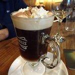 Foto de Powers Thatched Bar & Restaurant