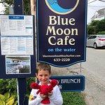 Φωτογραφία: Blue Moon Cafe