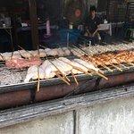 ภาพถ่ายของ ร้านไก่ย่างวิเชียรบุรี นิมมานเหมินทร์ ซ.11