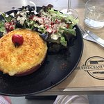 Photo de Bar Restaurant Etxemendi - Lucas et Julie