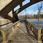 Фотография West Columbia Riverwalk