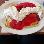 9$ crepes with strawberry and whip cream