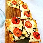 Tomato & Basil Flatbread Minus 5 slices