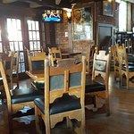 Cat & Fiddle Pub resmi