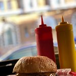 Pearl's Deluxe Burgers의 사진