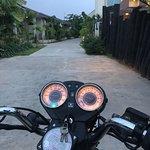ภาพถ่ายของ Mandalay Motorbike Rental and Tours