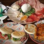 Tigellas, pasta, embutidos frescos, lasagnas y postres. Lo mejor de Bologna en Bresca