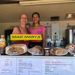 Mad Mary's Bouley Bay Beach Cafe – slika