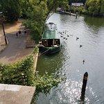 Foto de Whittingtons Tea Barge