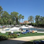 Silken Al-Andalus Palace Hotel Photo