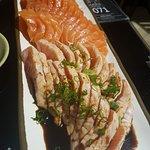 Sashimi de salmão e sashimi de salmão selado