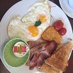 Photo de Grayz Coffee Shop and Eatery