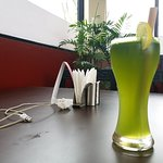 Photo de Green Organic Cafe and Farmers Bar