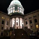 Capitol Square照片