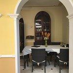 """Foto de Hostal cafè Tuti """"nuestro pequeño paraíso"""".  Para garantizar a nuestros clientes una estancia agradable y de excelente calidad."""
