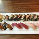 Uni Sushi resmi