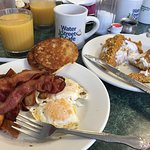 The full breakfast with crunchy french toast - YES! YOU CAN EAT IT ALL!!!!