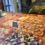 Delicious pizza at Majer's in Venice, Italy