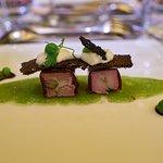 Foie gras mi-cuit, mousseline de petits pois