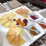 صورة فوتوغرافية لـ Wine & Cheese Bar Paradox