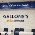 Foto de Gallone's Ice Cream Parlour