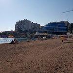 early morning beach (9am)
