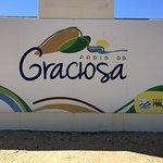 Placa de identificação da Praia da Graciosa