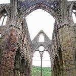 Фотография Tintern Abbey